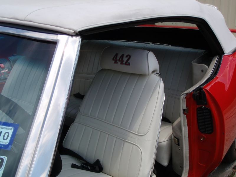 Photo Gallery - Category: 71 Olds Cutlass - 5 Star Upholstery
