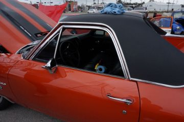 Hooter's Car Show 2014