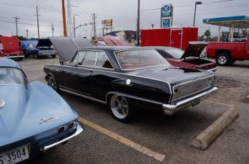 Hooter's Car Show 2014_8