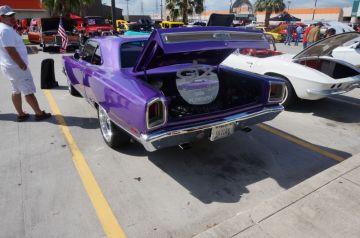 Hooter's Webster Car Show 2014