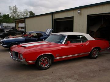 1971 Olds. Cutlass Supreme