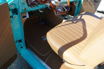 1966 Turquoise Ford P/U