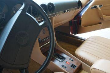 88 Mercedes 560 SL