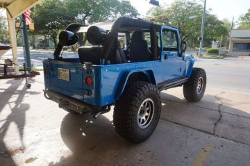 AAE Custom Jeep