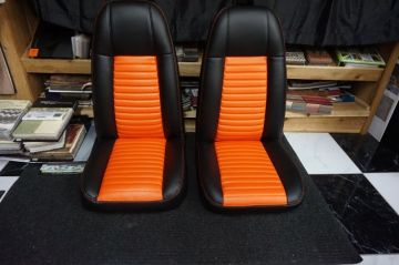 Orange/Black Jeep Seats_1
