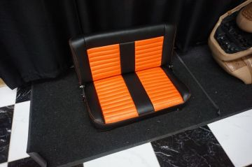 Orange/Black Jeep Seats_2