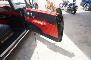 Red & Black Bel Air