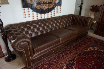 Beautiful Leather Couch_3
