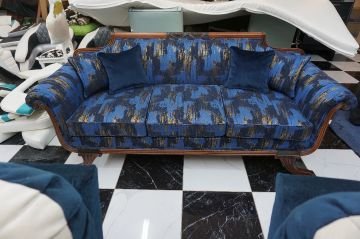 Antique Couch_7