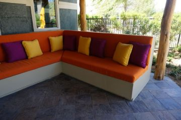 Outdoor Seating_4