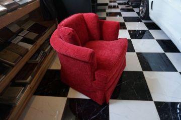 Cute Red Chair