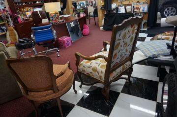 Gabriela's Chairs_2