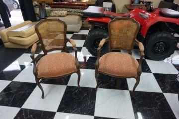 Gabriela's Chairs_3