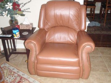 Leather Sofa & Recliner
