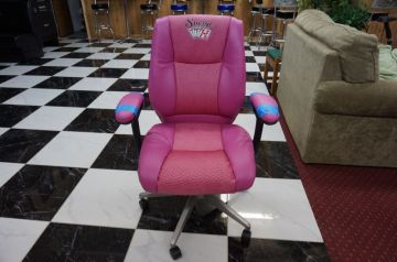 Pink Poker Chair _1