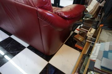 Red Leather Couch_8