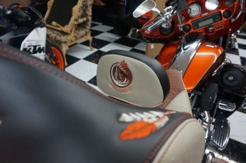 Big Chief Harley Seat