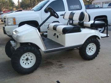 Black & White Golf Cart