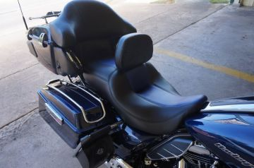 Black w/ Blue Carbon Fiber_2